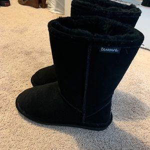 Bear paw boots size 9